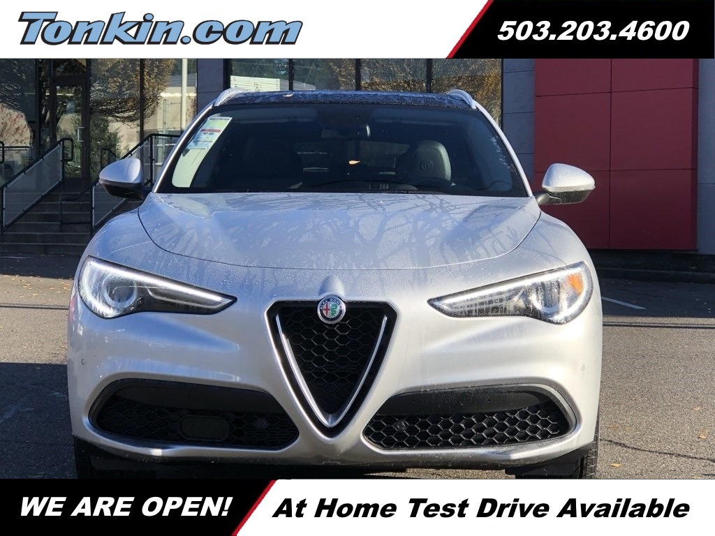 Pre-Owned 2019 Alfa Romeo Stelvio Base